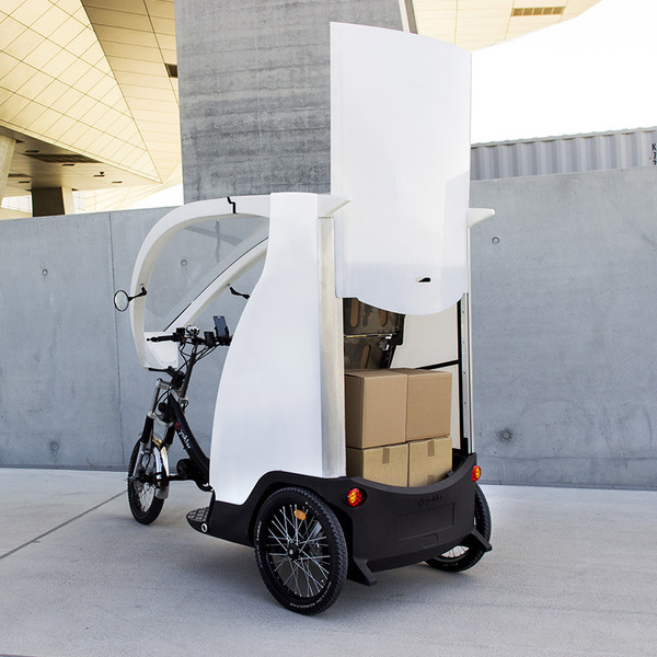 Electric pedicab for goods transportation