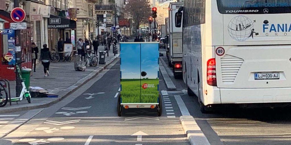 Livraison en cargobike à Paris. Triporteur professionnel de messagerie pour la livraison du dernier km